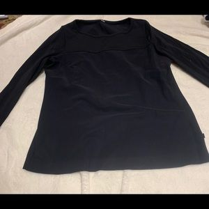 Lululemon Black long sleeve shirt size 4 black